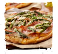 Pizza zprosciutto iszparagami