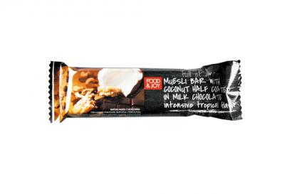 Baton musli zkokosem oblany wpołowie mleczną czekoladą
