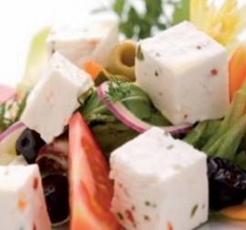 4801_grecka-salatka-z-ziolowym-serem-tenero